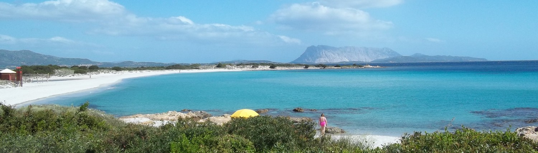 Spiaggia isuledda san teodoro for Villaggi san teodoro